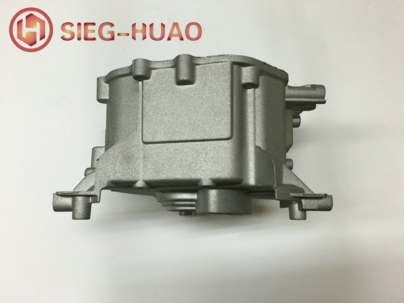 Magnesium Alloy Die Casting Powder Coated Motor Shell for Lawn Mower