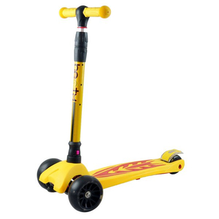 Heavy duty 4 wheel scooter with adjustable T-bar