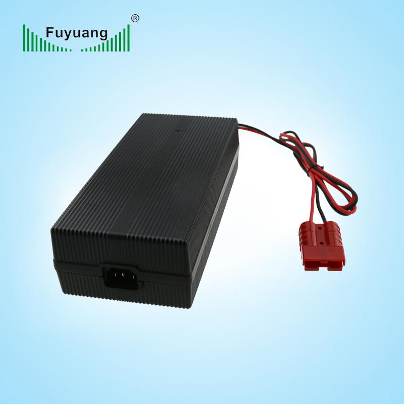 锂电池充电器的保养方法