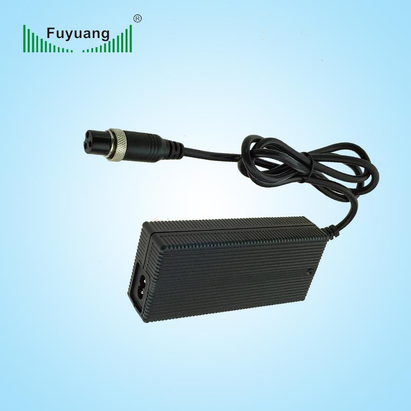 14.6V4A磷酸铁锂充电器、FY1504000