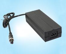 33.6V3A 鋰電池充電器、FY3403000