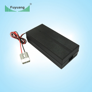 14.6V20A磷酸铁锂充电器、FY15020000