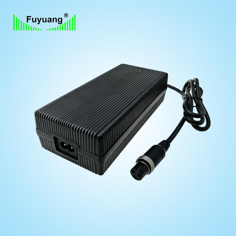 42V5A 平衡车充电器、FY4255000