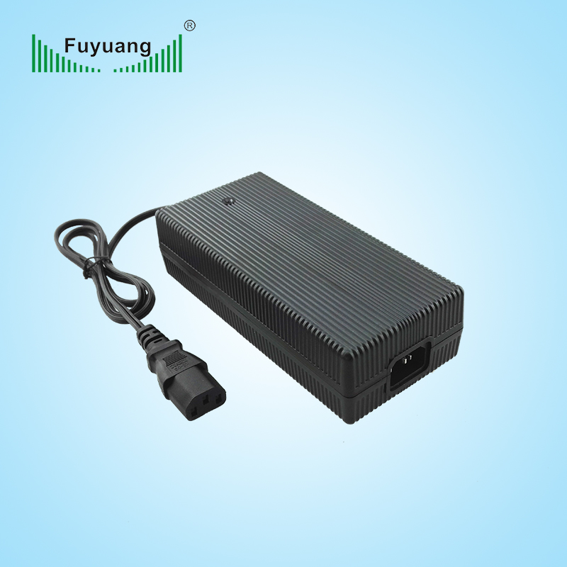 43.8V4A鉛酸電池充電器、FY4404000