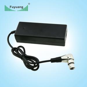 12.6V8A鋰電池充電器、FY1268000