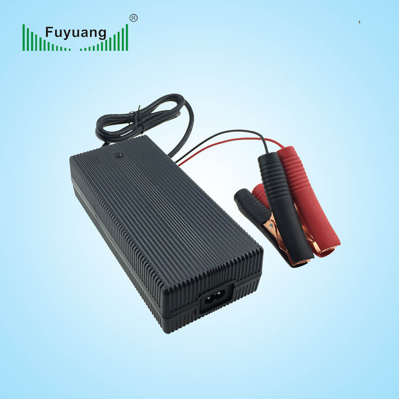 14.6V10A鉛酸電池充電器、FY1509900