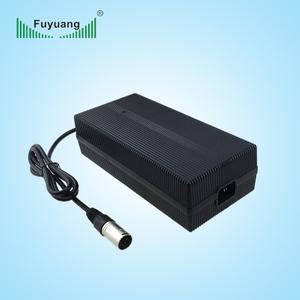 14.6V15A磷酸鐵鋰充電器、FY15015000