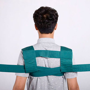 The shoulder ties a belt approximately